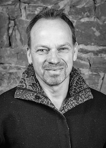 Grenzhof15 Portraet - Martin Sessler